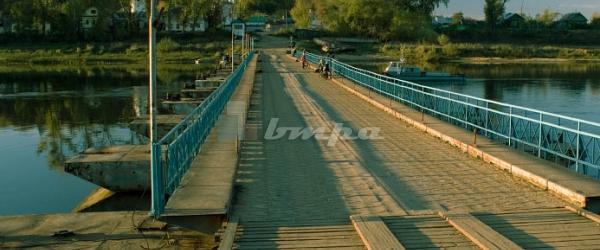 Понтоны и наплавные мосты