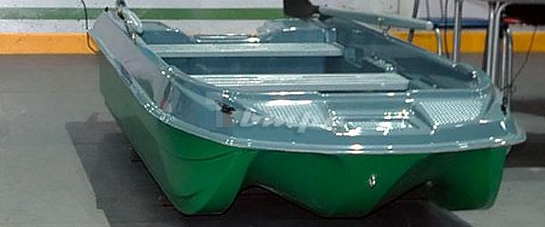 Пластиковая лодка «Морские сани Уффа Фокса»