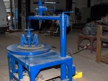 Станок для вырезки боковых колец автомобильных шин для переработки в резиновую крошку