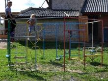 Детская игровая площадка для ограниченного пространства